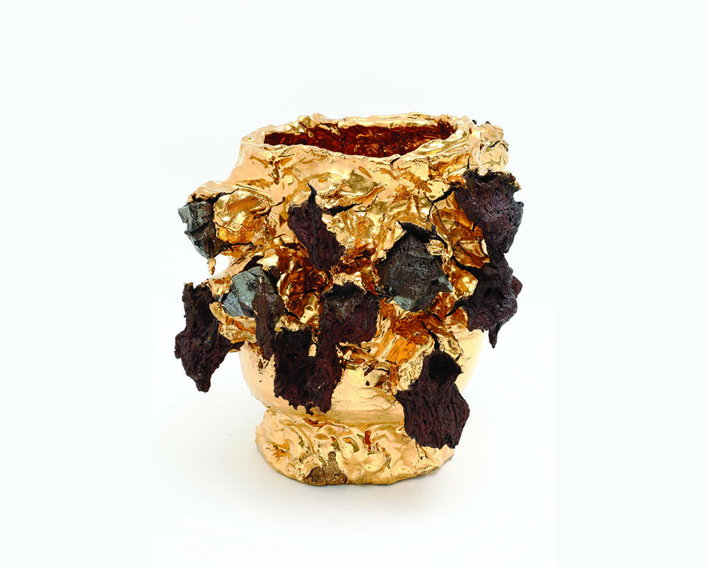 Tea bowl, 2017, porcelain, stone, glaze, pigment, gold